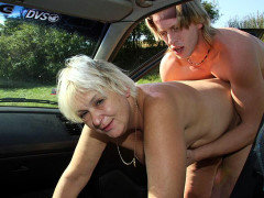 Granny craves cock in the great outdoors