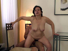 Mature sex and facial