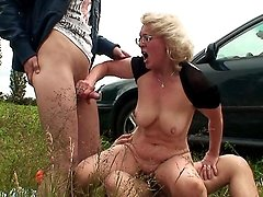 Outdoor granny threesome sizzles